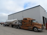 Pneumatic Dry-Bulk Tanker